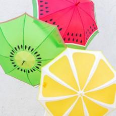 ジメジメをルンルンに!傘をペイントDIYして雨の日も楽しもう