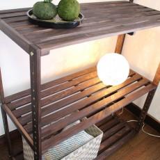 和モダンDIY【4】無垢の棚をペイントしてお部屋の雰囲気に合わせる