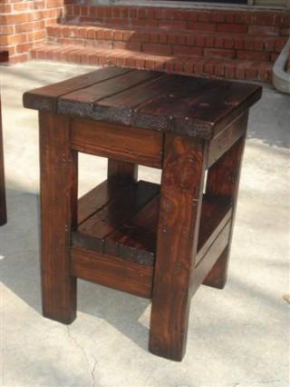 王道のチビ椅子