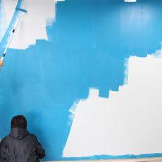 壁塗り初めての人を集めて室内壁をローラーペイントDIY体験!